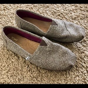 Toms classic woven flats,  brown and gold, size 9